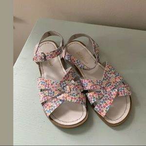 Salt Water Sandals Women's White Floral Size 7